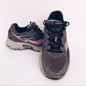 WOMENS SAUCONY GRID Cohesion 7 RUNNING SHOE 9.5M.